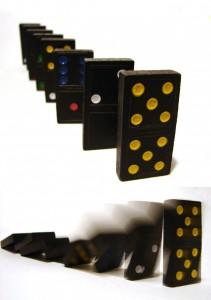 Dominos_Falling